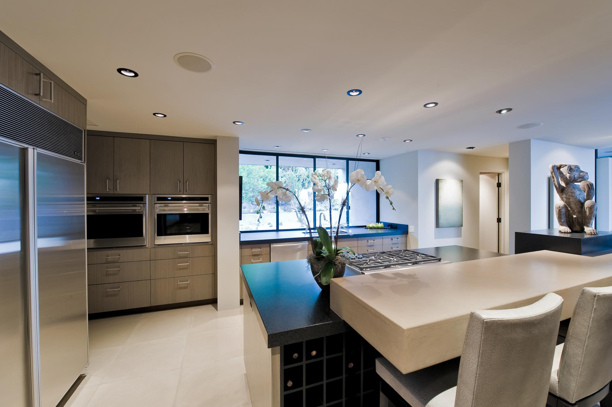 a nice looking kitchen
